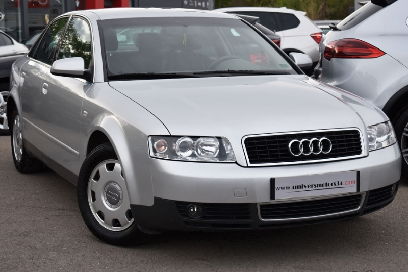 Audi A4 2.0 130CH PACK MULTITRONIC Essence GRIS Occasion à vendre