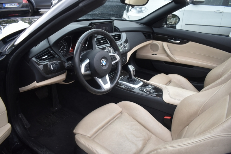 Photo 4 de l'offre de BMW Z4 ROADSTER (E89) SDRIVE 28IA 245CH LOUNGE PLUS à 21900€ chez Univers Motors
