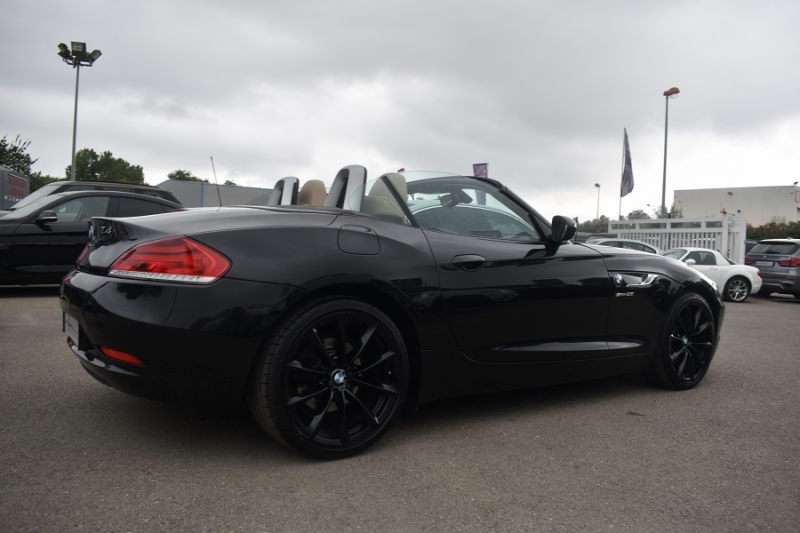 Photo 6 de l'offre de BMW Z4 ROADSTER (E89) SDRIVE 28IA 245CH LOUNGE PLUS à 21900€ chez Univers Motors