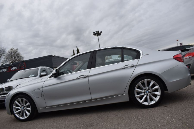 Photo 7 de l'offre de BMW SERIE 3 (F30) 330EA 252CH LUXURY à 35900€ chez Univers Motors
