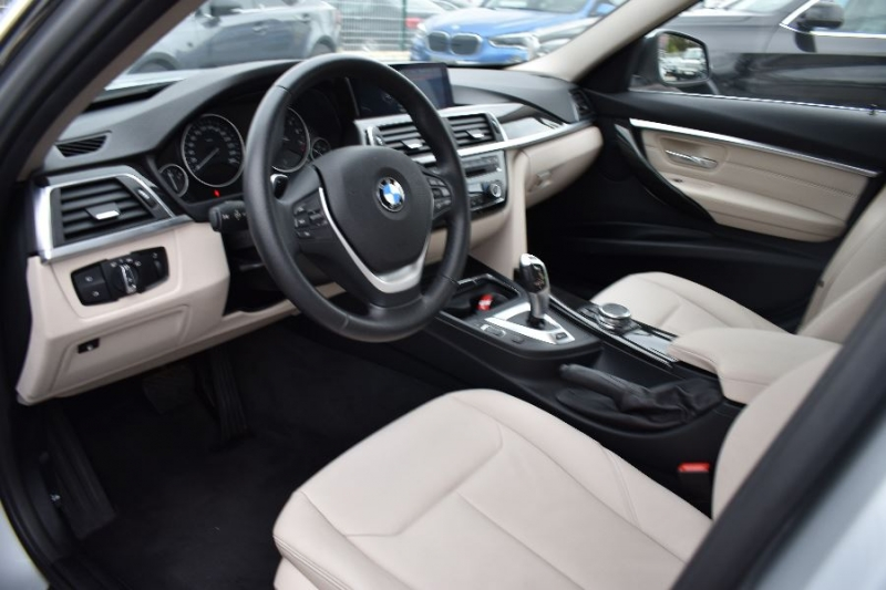 Photo 8 de l'offre de BMW SERIE 3 (F30) 330EA 252CH LUXURY à 35900€ chez Univers Motors