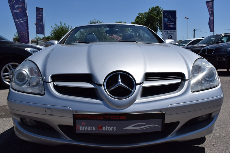 Photo 8 de l'offre de MERCEDES-BENZ CLASSE SLK (R171) 200K à 9400€ chez Univers Motors