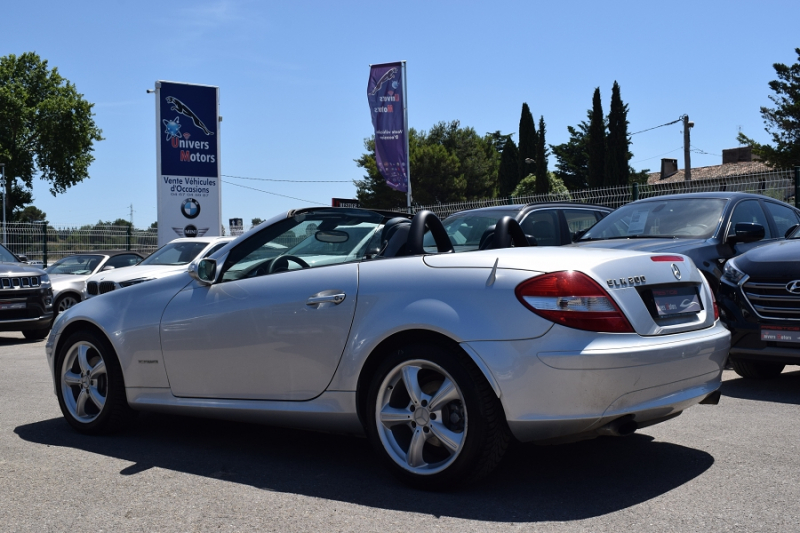 Photo 16 de l'offre de MERCEDES-BENZ CLASSE SLK (R171) 200K à 9400€ chez Univers Motors