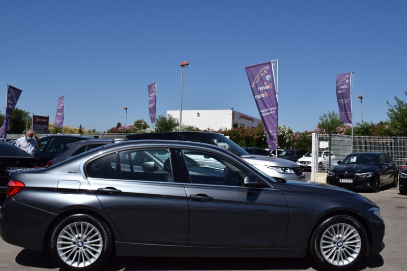 Photo 3 de l'offre de BMW SERIE 3 (F30) 330EA 252CH LUXURY à 27900€ chez Univers Motors