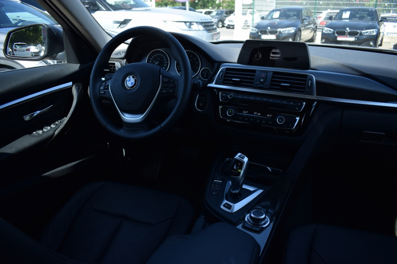 Photo 17 de l'offre de BMW SERIE 3 (F30) 330EA 252CH LUXURY à 27900€ chez Univers Motors